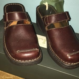 Born Gala Briar Brown Leather Clogs